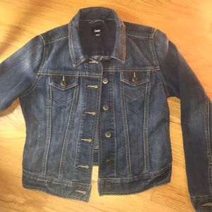 GAP Classic Medium/Light Denim Jean Jacket XS